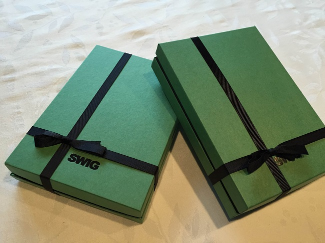 swig-two-green-boxes